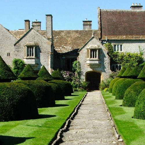 Lytes Cary Manor    https://www.nationaltrust.org.uk/lytes-cary-manor