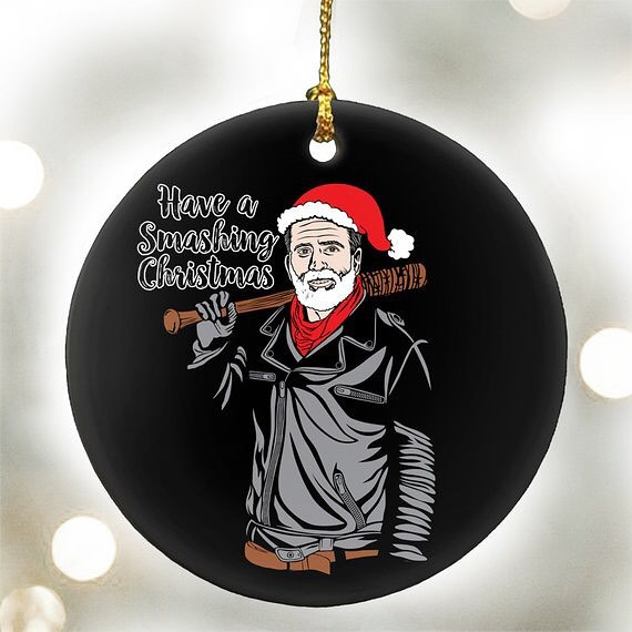 This will make me giggle, every year. #happyholidays #merrychristmas #negan #lucille #walkingdead