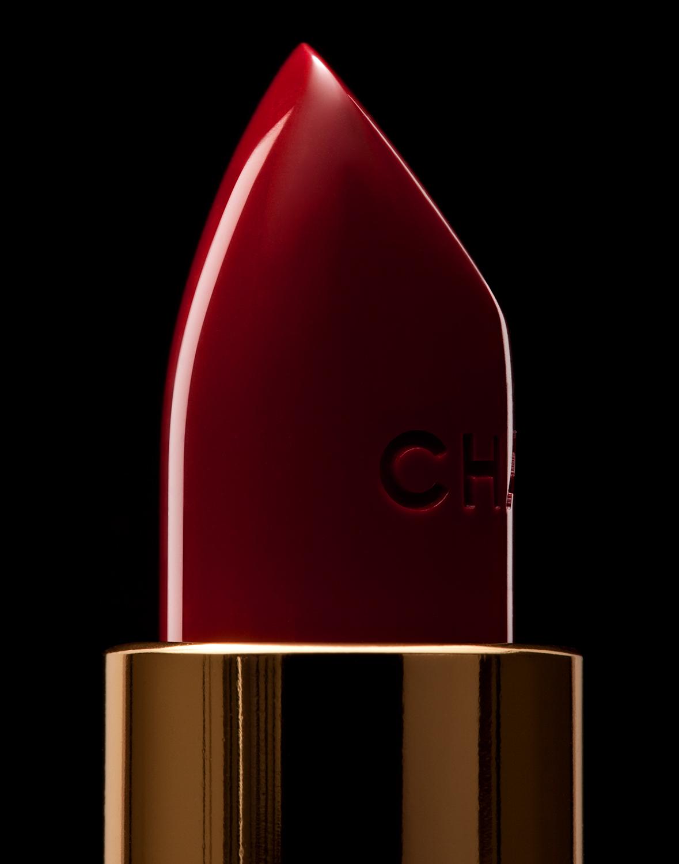 tom-medvedich-still-life-cosmetics-lipstick-chanel-red-01.jpg