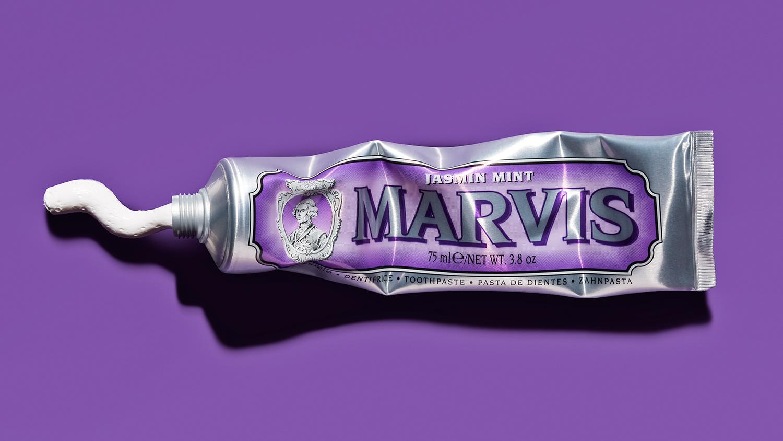 tom-medvedich-still-life-cosmetics-toothpaste-marvis-01.jpg