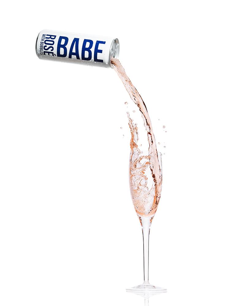 tom-medvedich-white-girl-rose-babe-pour.jpg