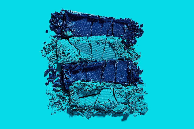 tom-medvedich-still-life-cosmetics-powder-teal-01.jpg