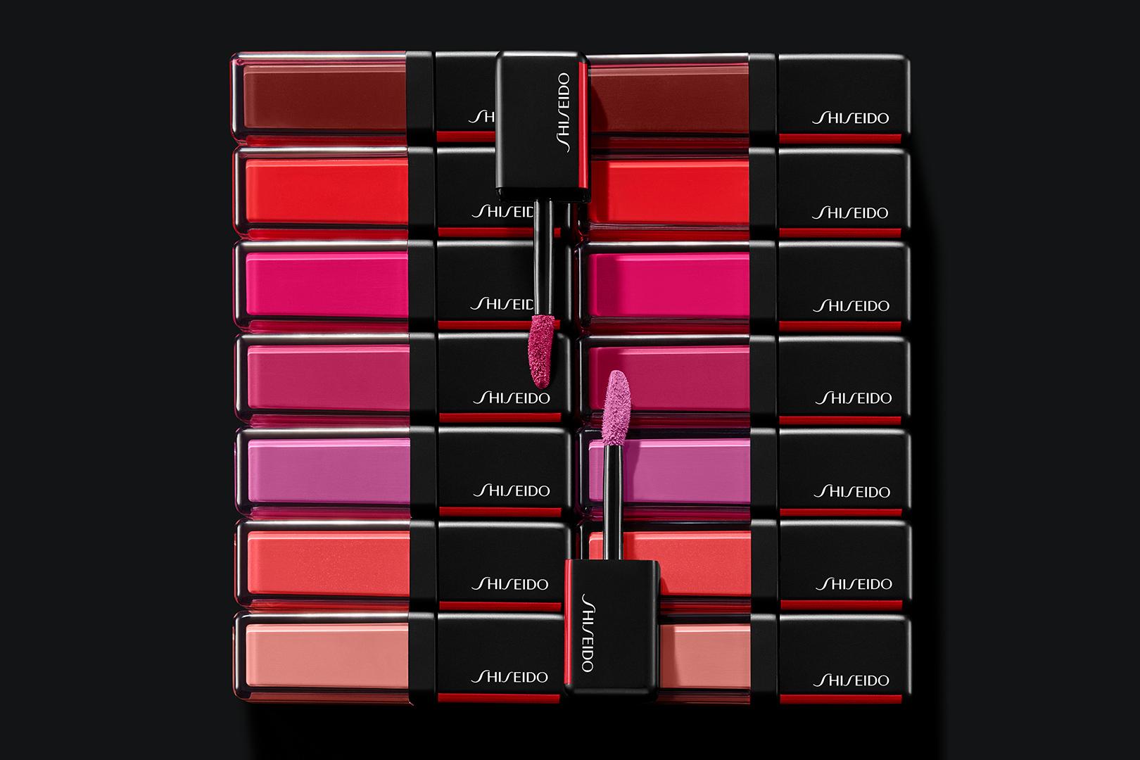 tom-medvedich-still-life-cosmetics-shiseido-lacquerink-lipshine.jpg