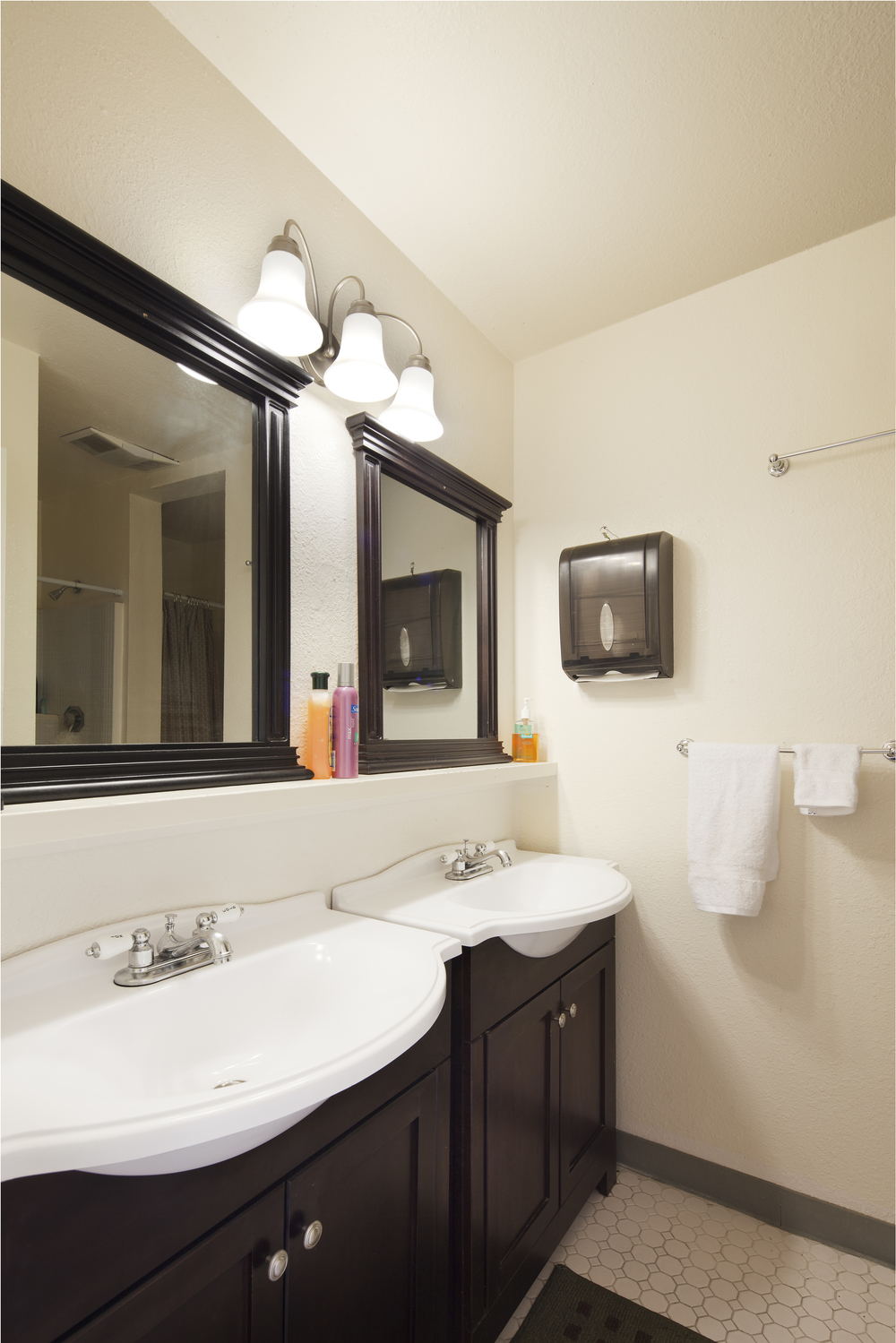 bathroom__01.jpg