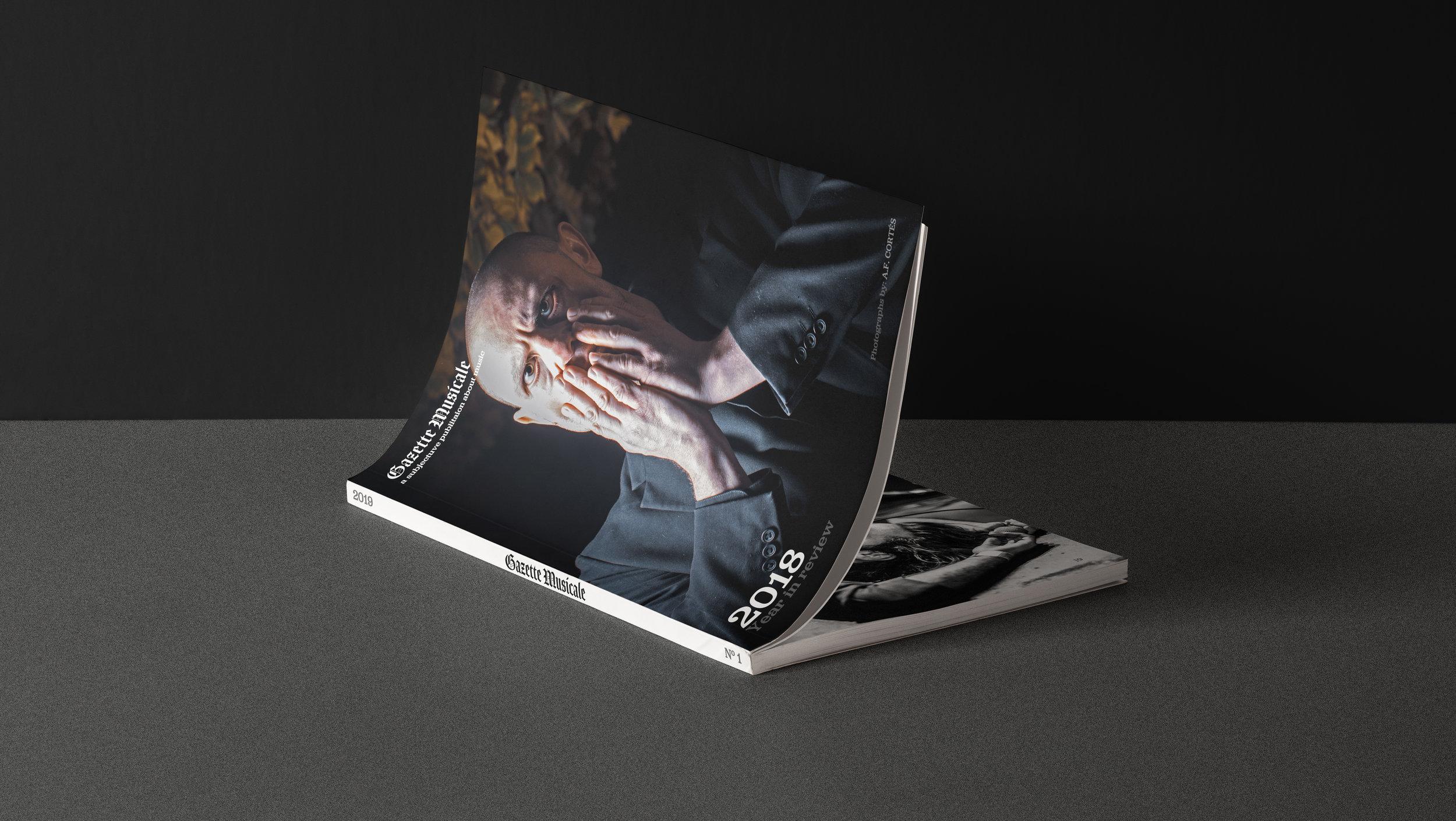 GAZETTeCover-Magazine-Presentation-Mockup_02.jpg