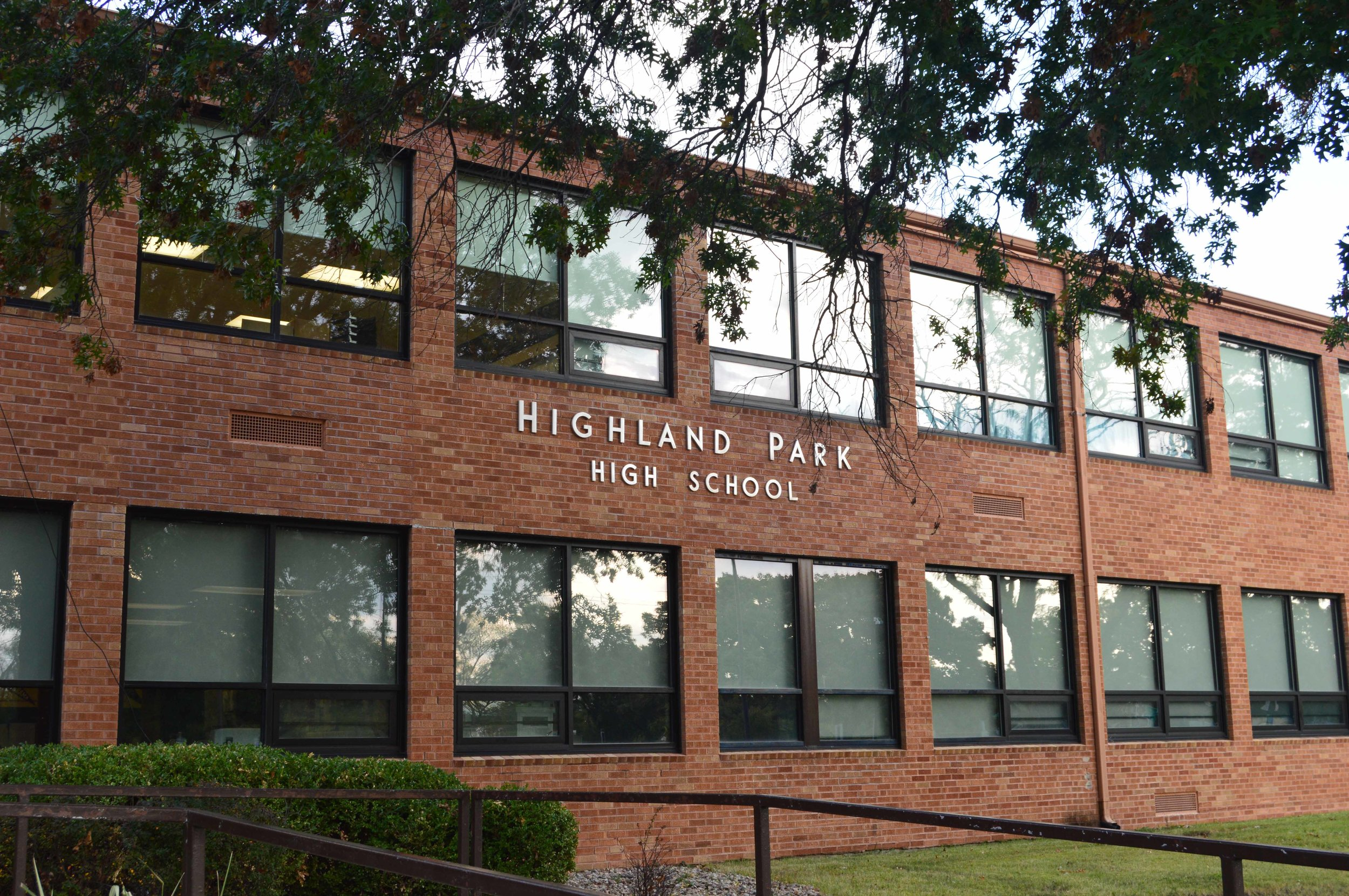 Highland Park High School Window Replacement   Client: USD 501 Topeka Public Schools Architect: USD 501 Topeka Public Schools