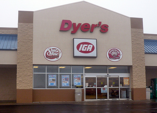 Dyer's IGA   Client: Dyer's IGA Architect: Henry Lockard Architect
