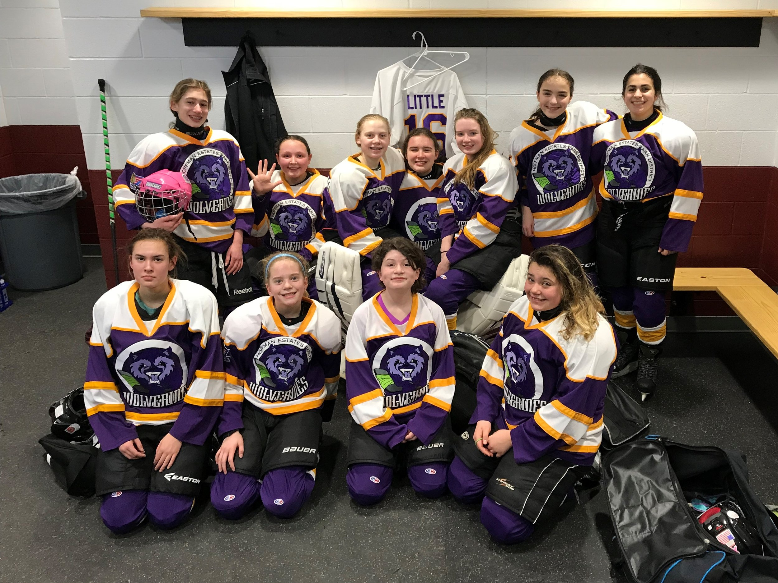 U12 after final game at Girls Irish South Bend Cup, Feb 2018
