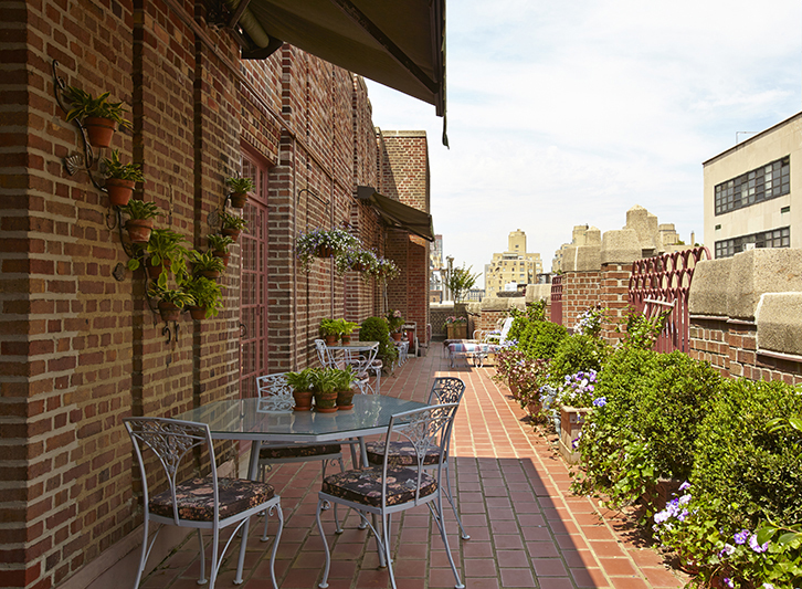 new york wrap around terrace