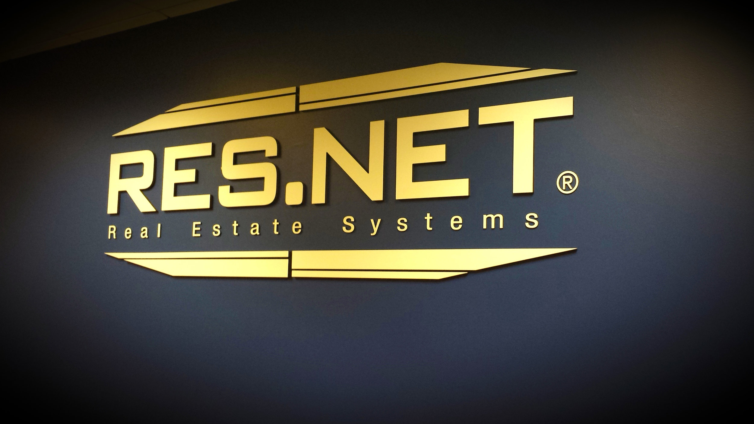 RES.NET Real Estate Systems Signage