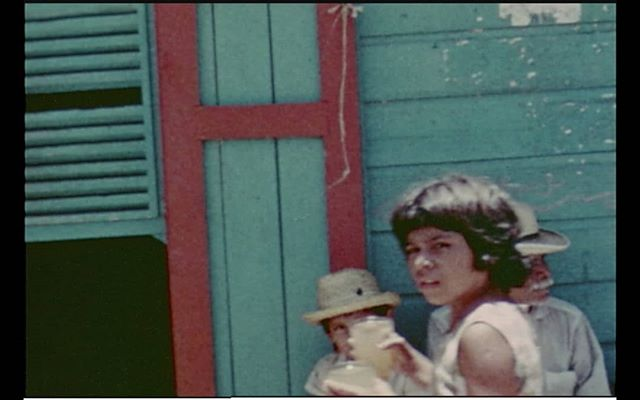 La Mirada Foránea program screens today at festival Vartex in Medellin, Colombia. Still from Los Angeles Station Leandro Katz, 1976, 10 min., 16mm transferred to digital, color, silent, Argentina/Guatemala/USA. More info on our website: https://www.ismismism.org/calendar/2019/5/9/la-mirada-foranea-en-vartex-muestro @lafilmforum  #16mm #ismismism #lafilmforum #vartex #cineexperimental
