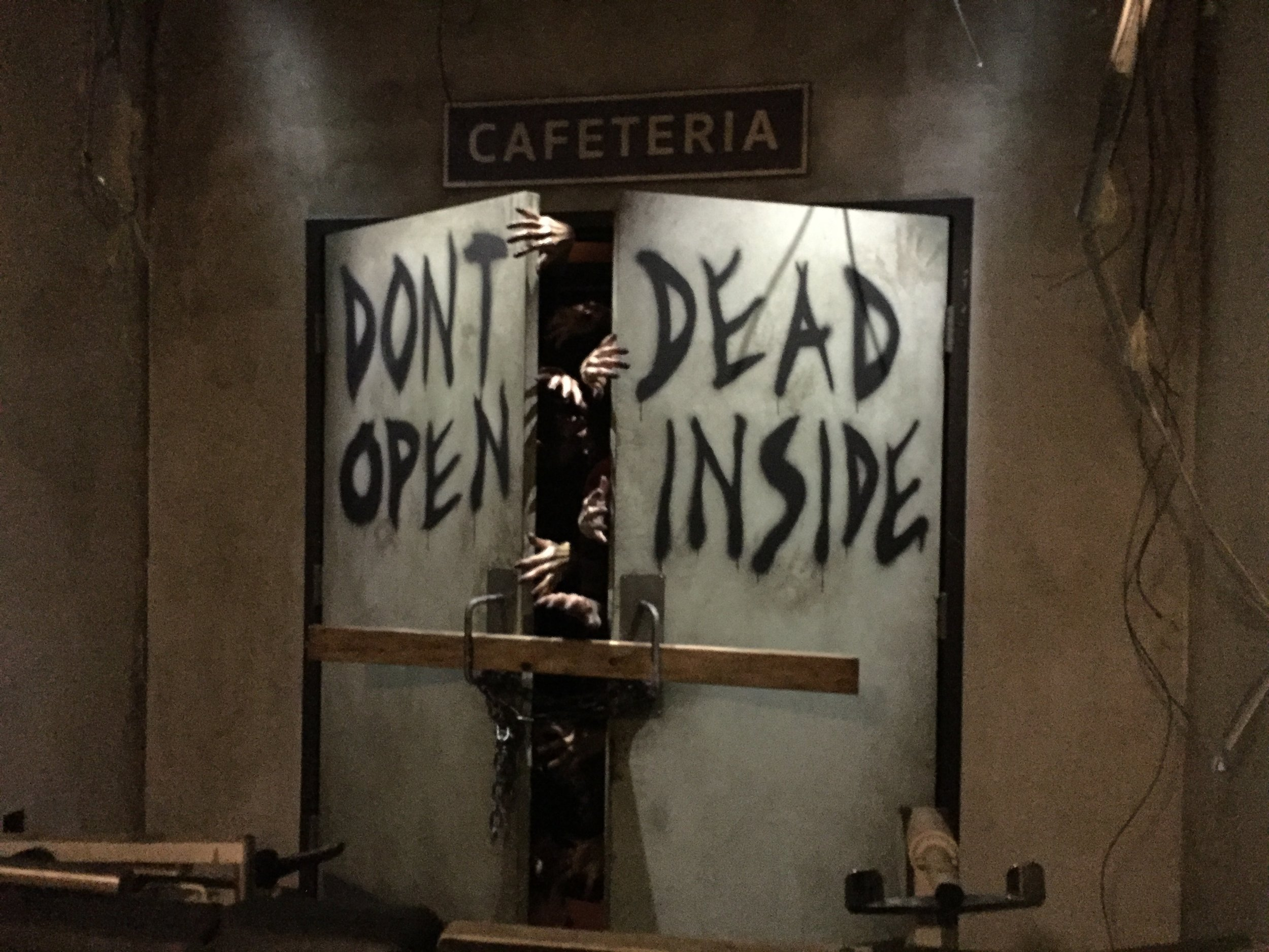 Walking Dead Attraction - Universal Studios Hollywood