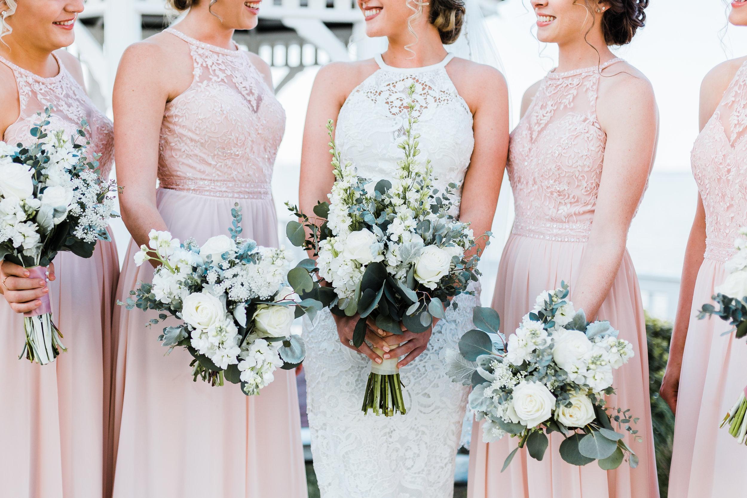 modern wedding bouquets - maryland wedding photographer