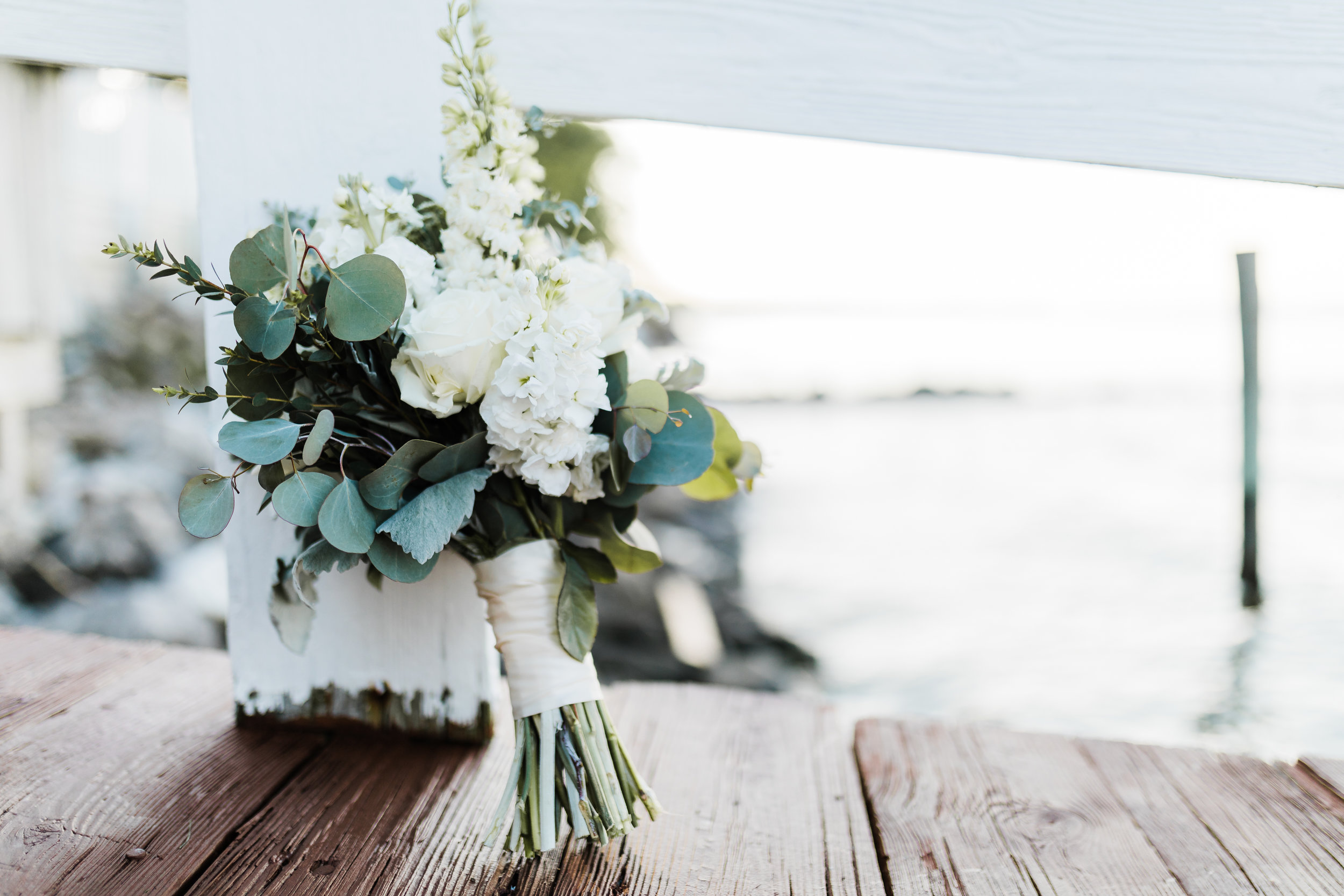 bridal bouquet - floral details - maryland wedding - photo and video