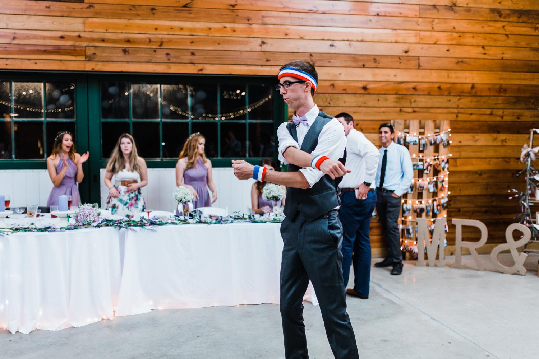 funny groom - garter - maryland wedding