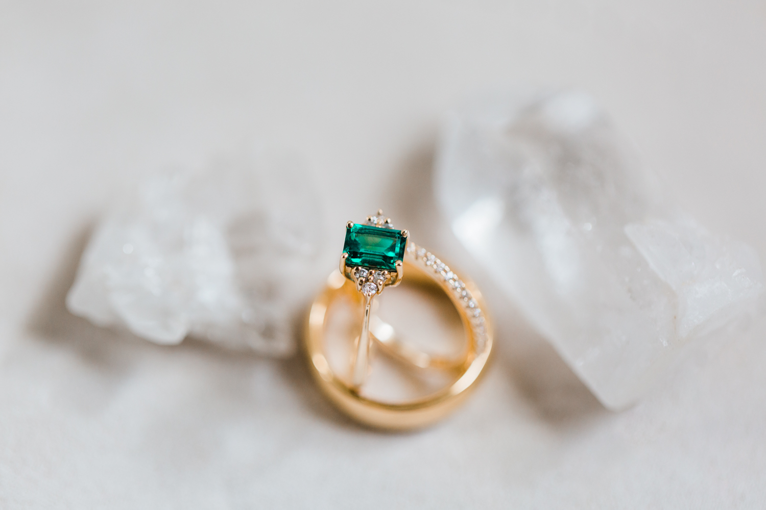 emerald engagement ring with geodes - maryland styled shoot - best md wedding photographer