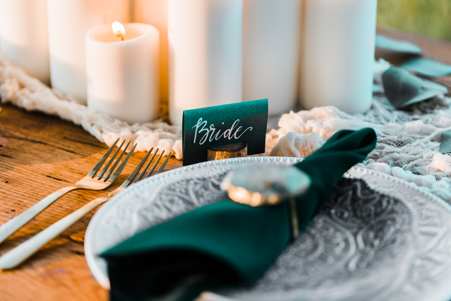 place card ideas - top calligrapher in maryland - EC Letters - wedding table settings ideas