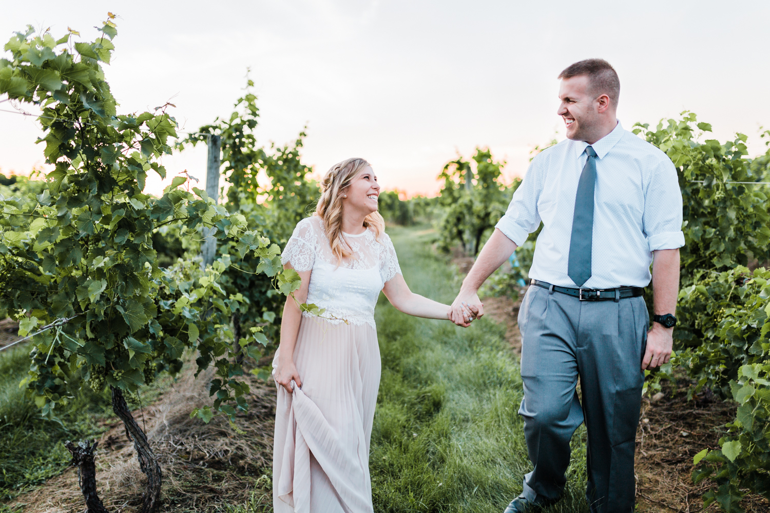 classy engagement photo outfits - md wedding photographer and cinematographer