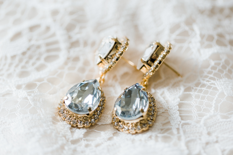 bride-earrings-details.jpg
