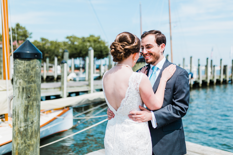 annapolis-first-look-wedding.jpg