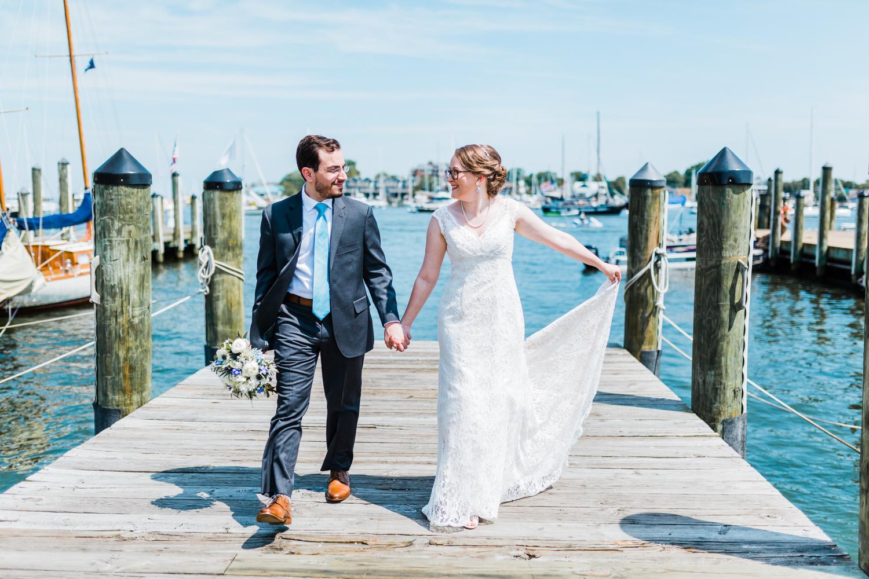 bride-groom-dock-annapolis.jpg