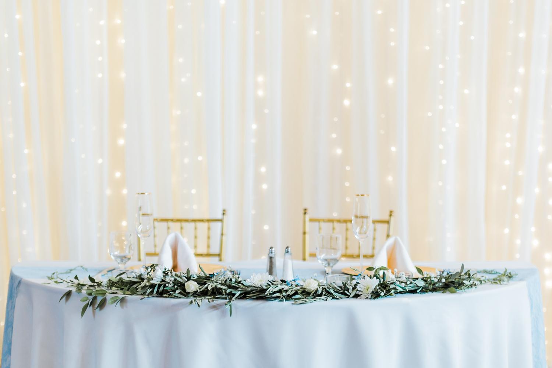 wedding-sweetheart-table.jpg