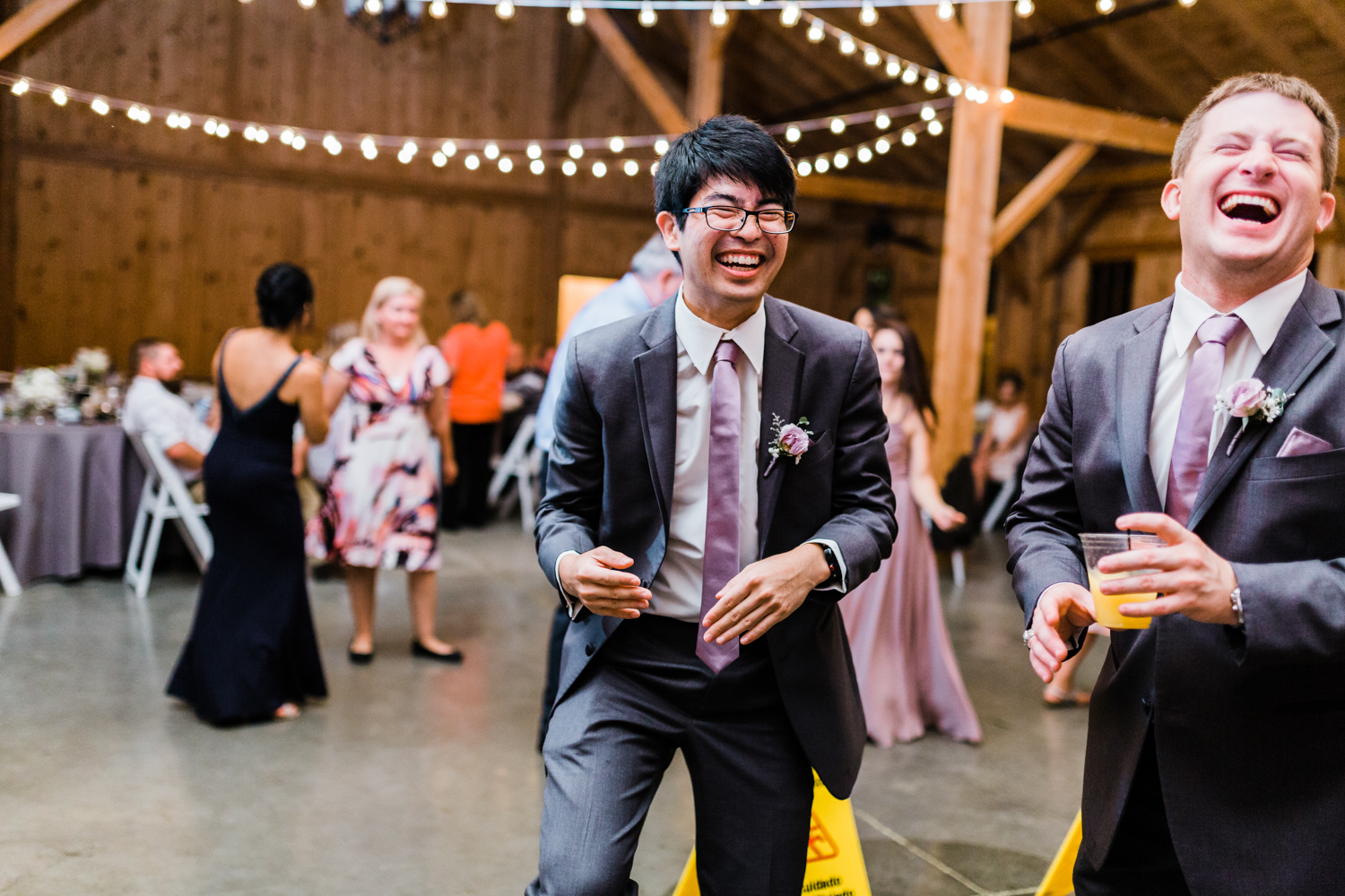 groomsman-dancing-reception.jpg
