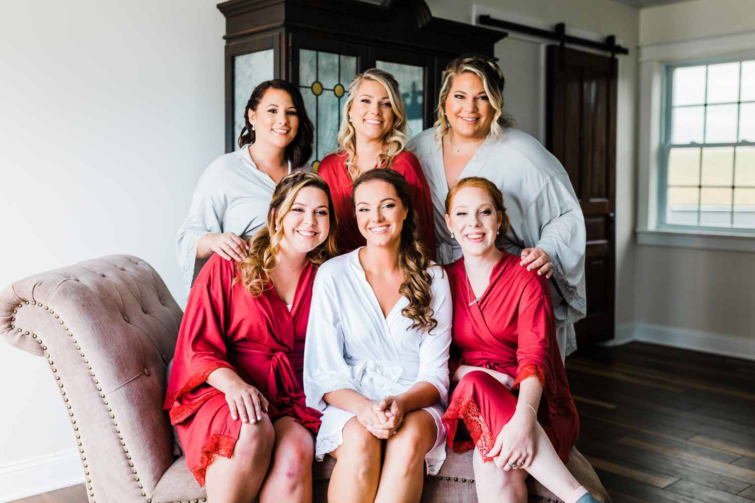 Bride with bridesmaids - top rated photographer in Maryland