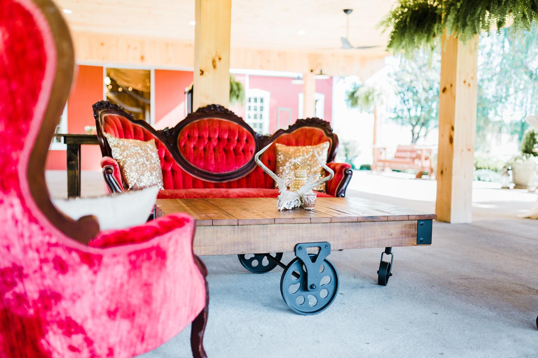Maryland wedding venue furniture rentals - md wedding photographer and videographer
