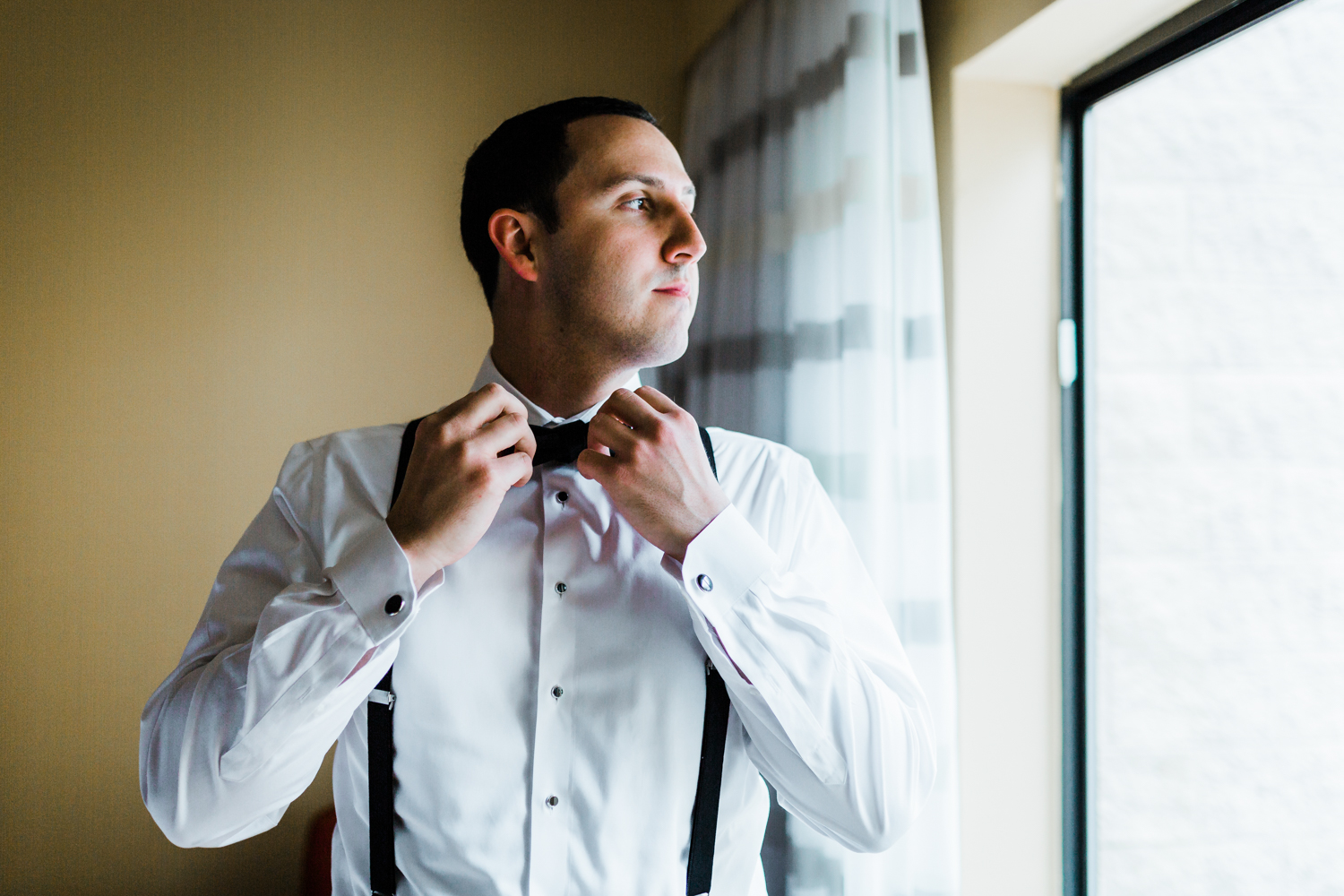 Hotels to get ready at for Frederick Maryland wedding - MD wedding photographer and cinematographer