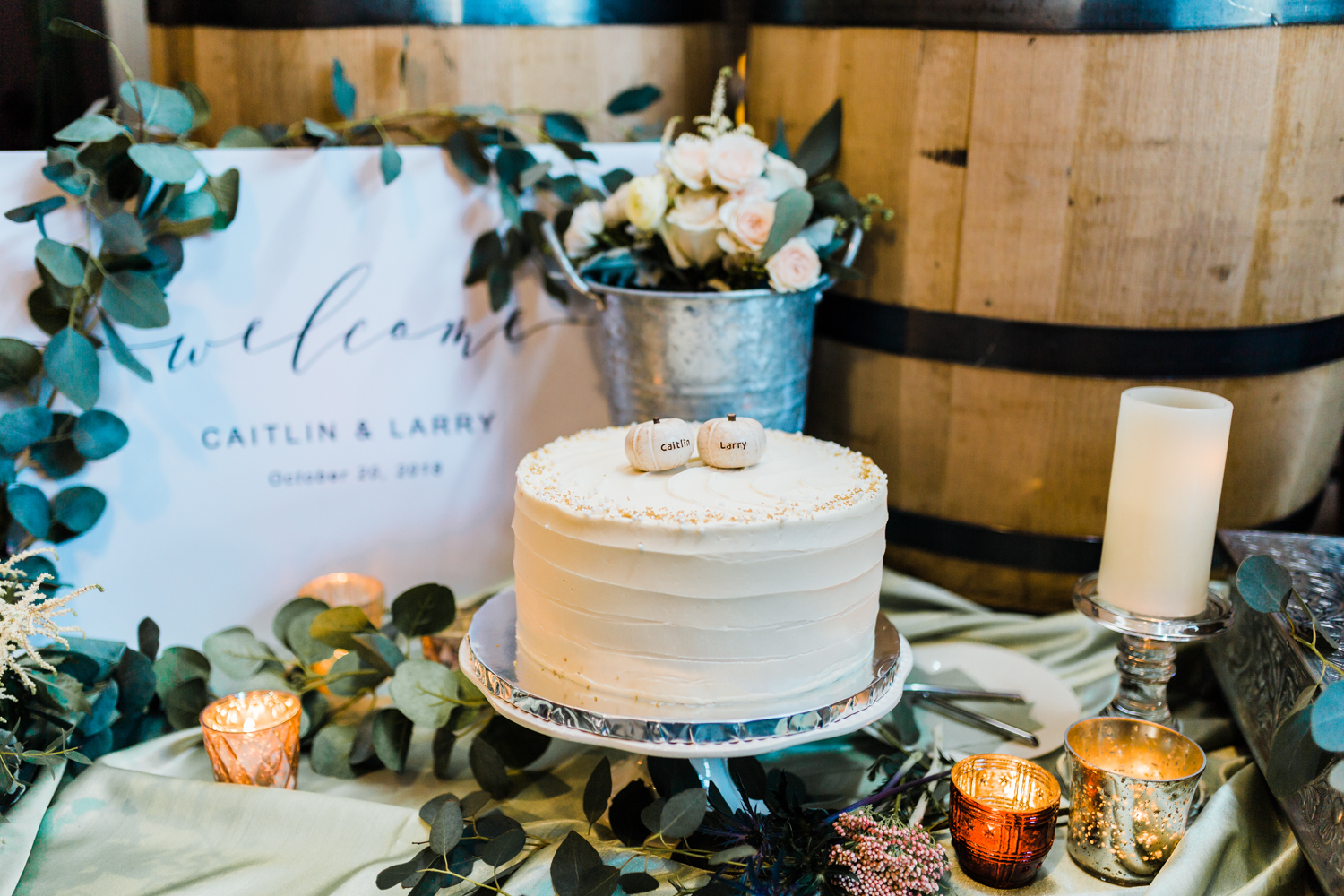 rustic and modern fall wedding inspiration - modern wedding venues in Maryland - Frederick MD wedding photographer and cinematographer team