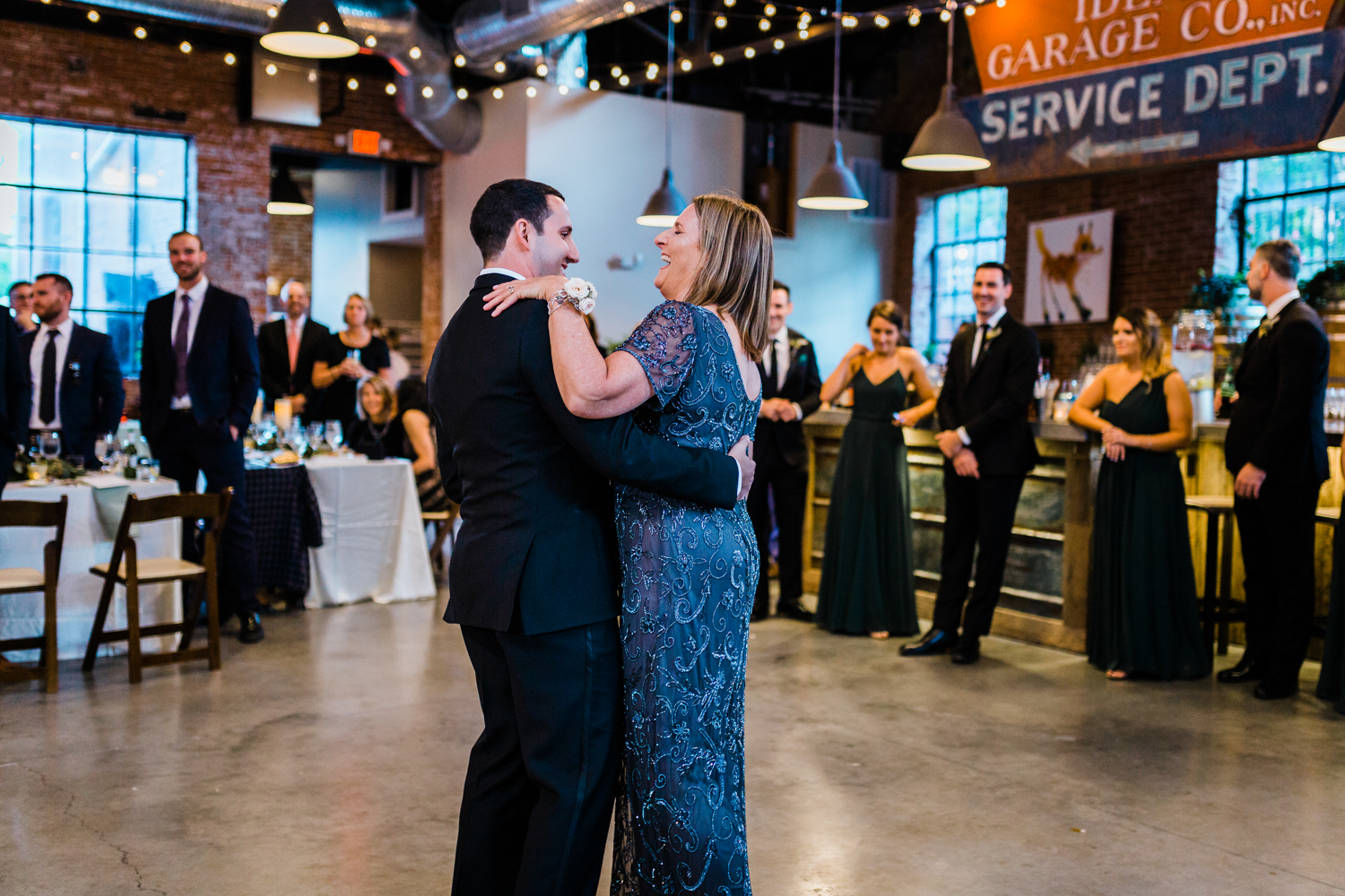 Groom dancing with his mother at wedding - top rated photographer in Maryland