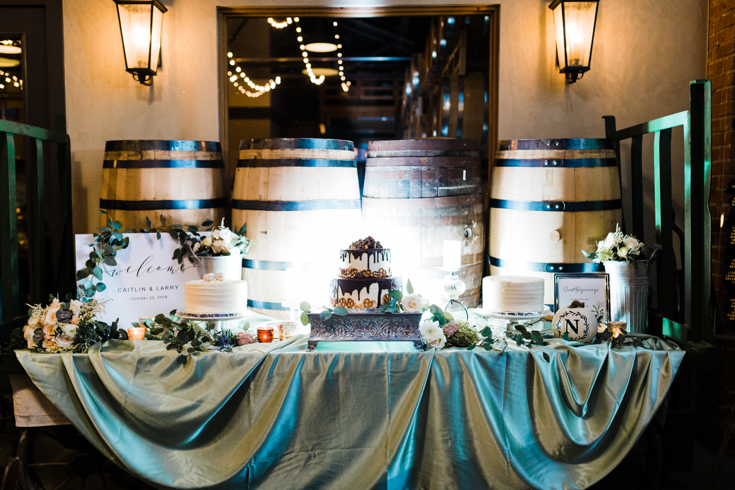 Wedding cake inspo - best cinematographer and videographer in MD