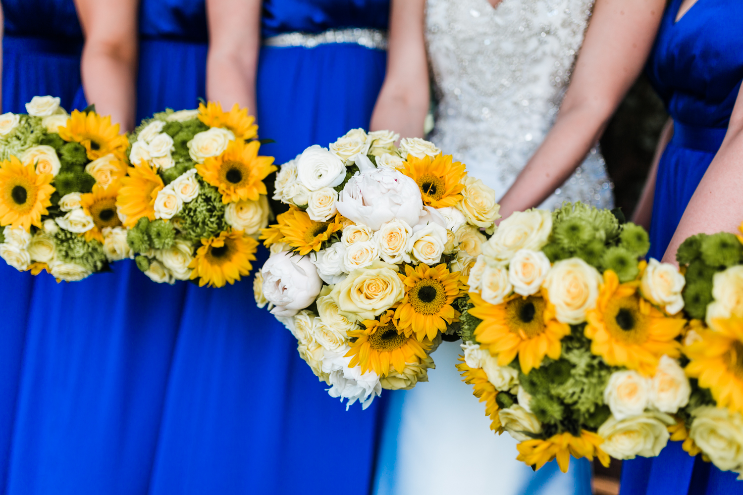 peony and sunflowers bouquets - best candid photographer in Maryland
