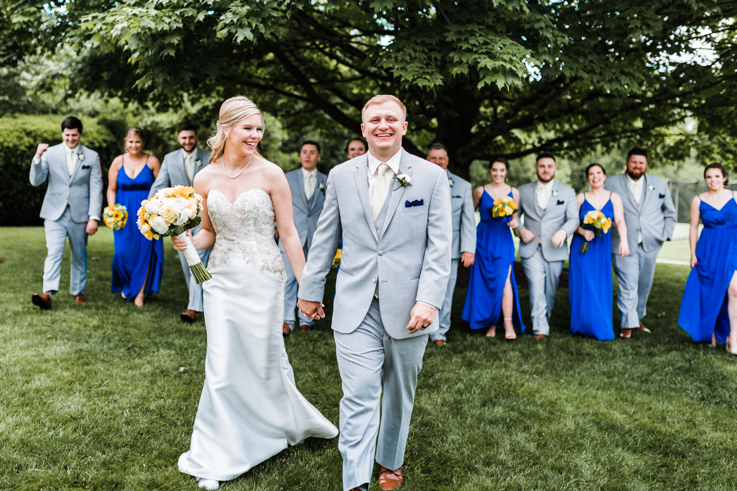 bridal party posing ideas - best candid photographer in MD
