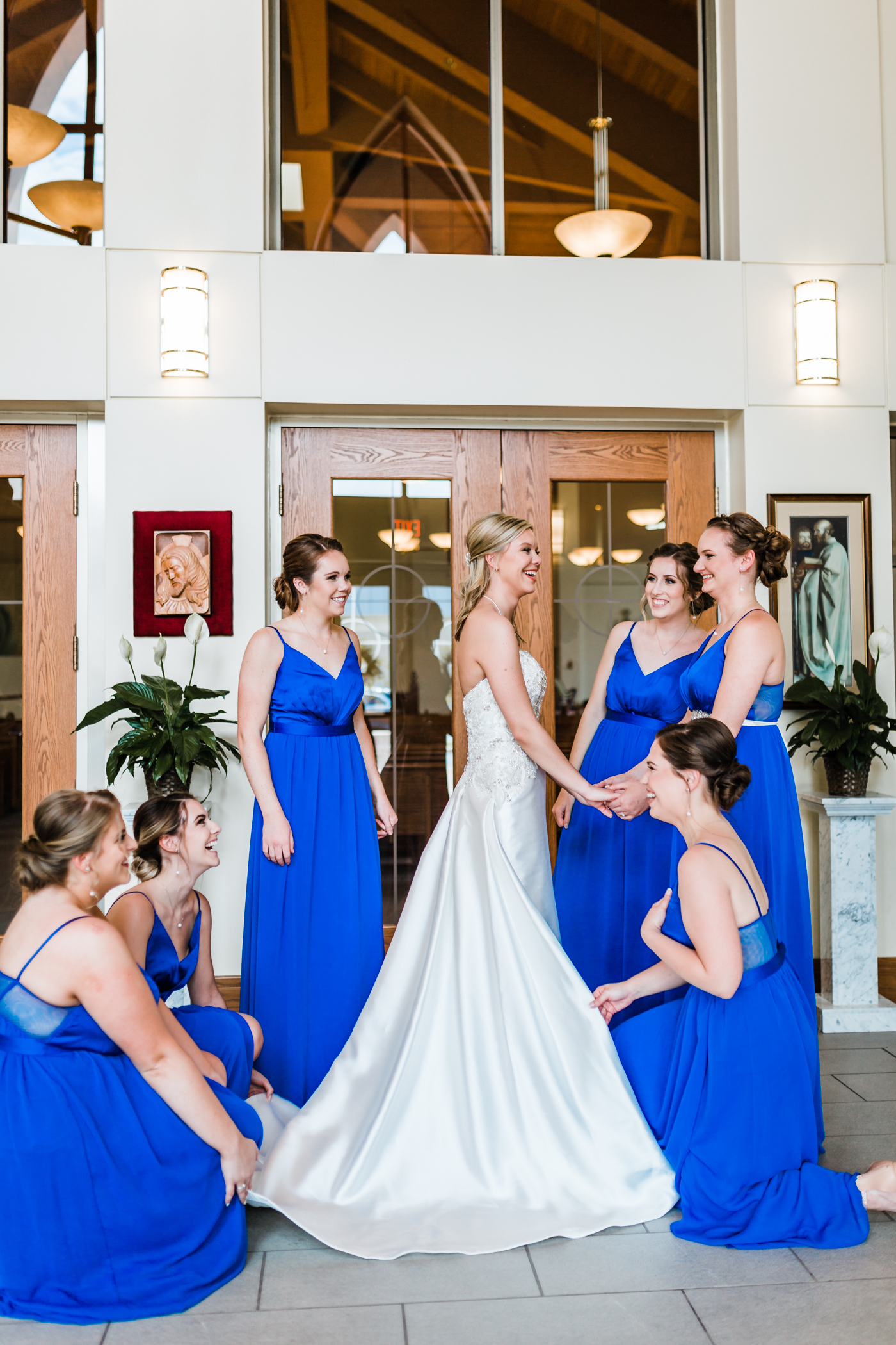 bride getting ready with her bridesmaids in westminster, md