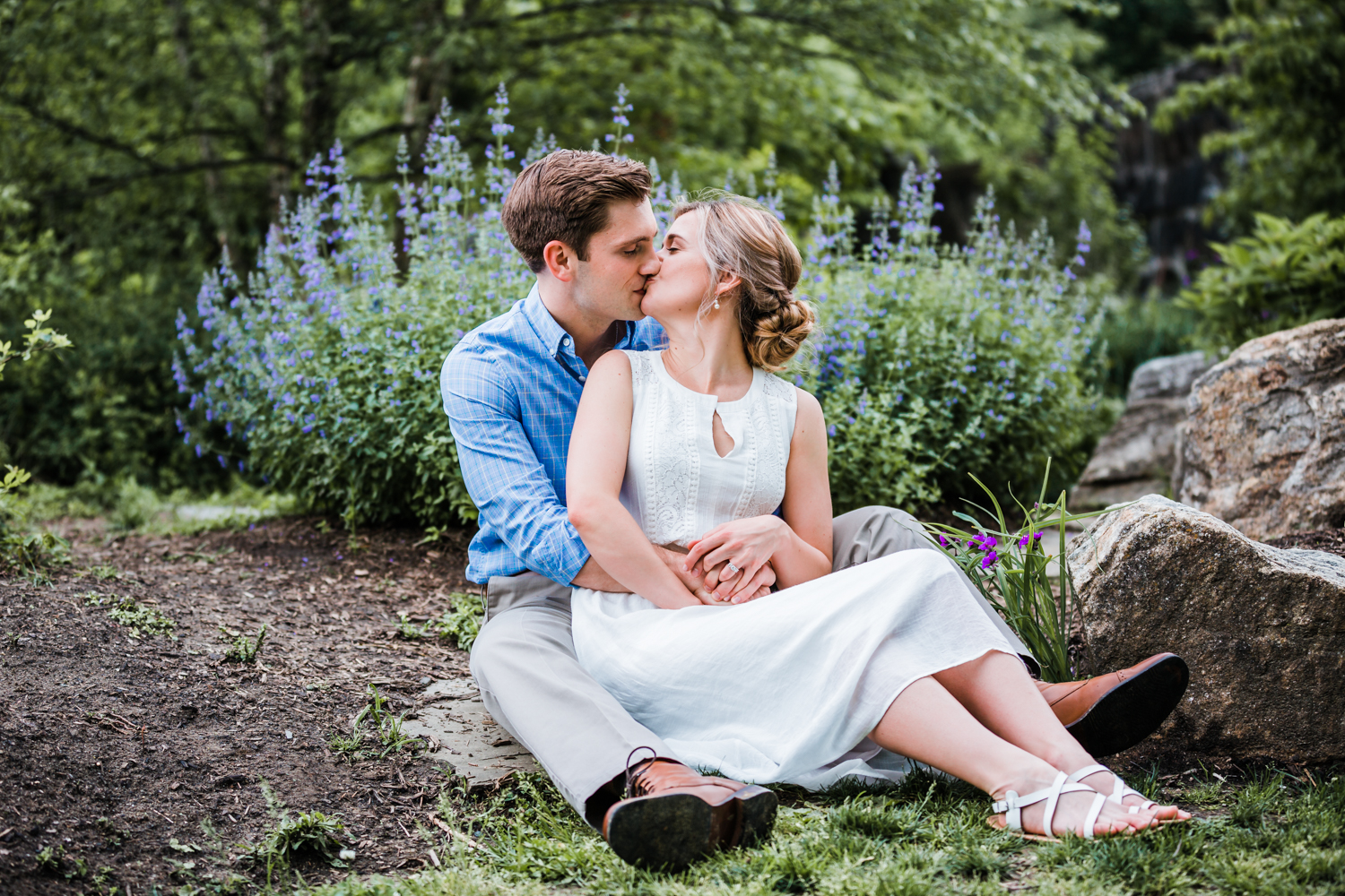 engagement sessions with lavender in Maryland