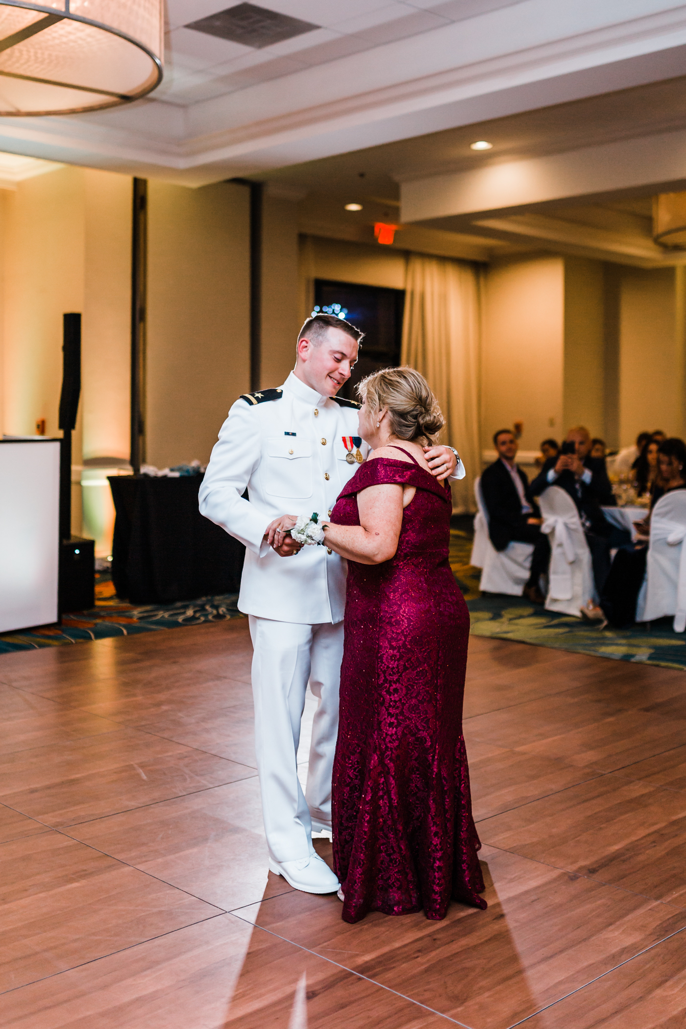 groom-mother-dance-annapolis-waterfront-hotel.jpg