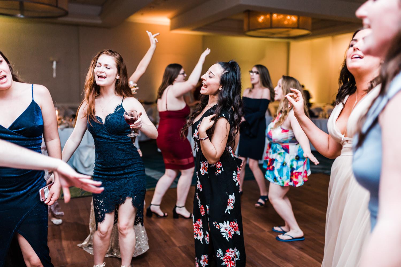 reception-dancing-annapolis.jpg