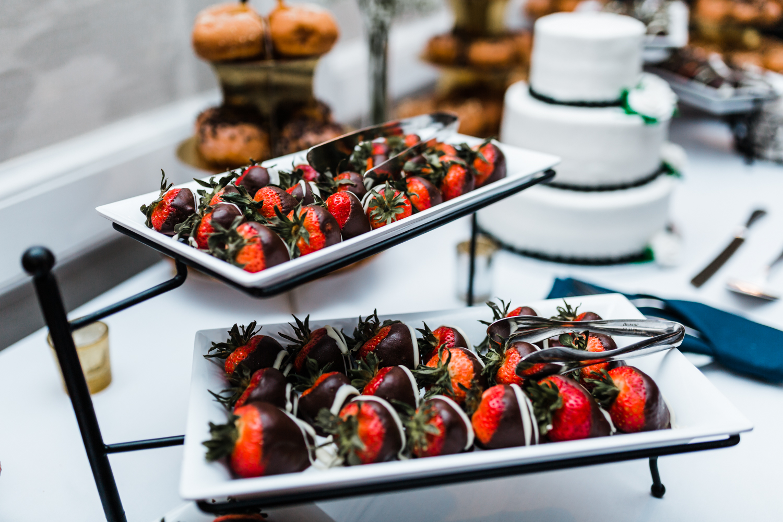 desserts at annapolis waterfront hotel wedding