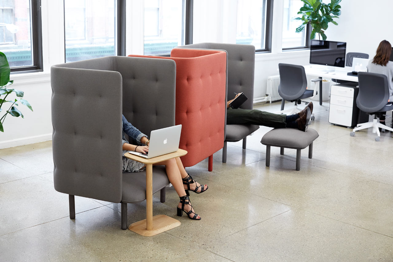 Poppin-QT-Privacy-Lounge-Chair-1.jpg