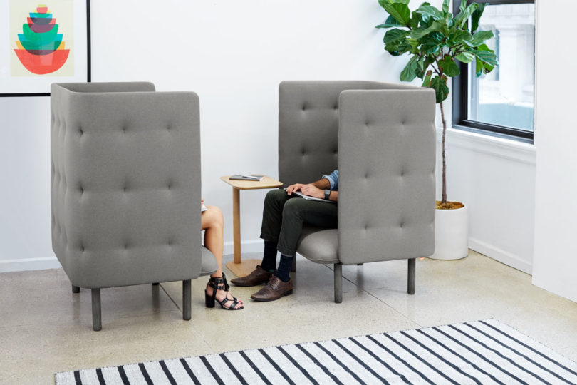 Poppin-QT-Privacy-Lounge-Chair-3-810x540.jpg