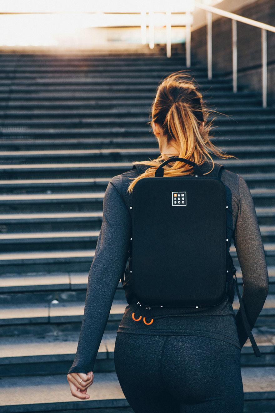 backpack3_831185.jpg