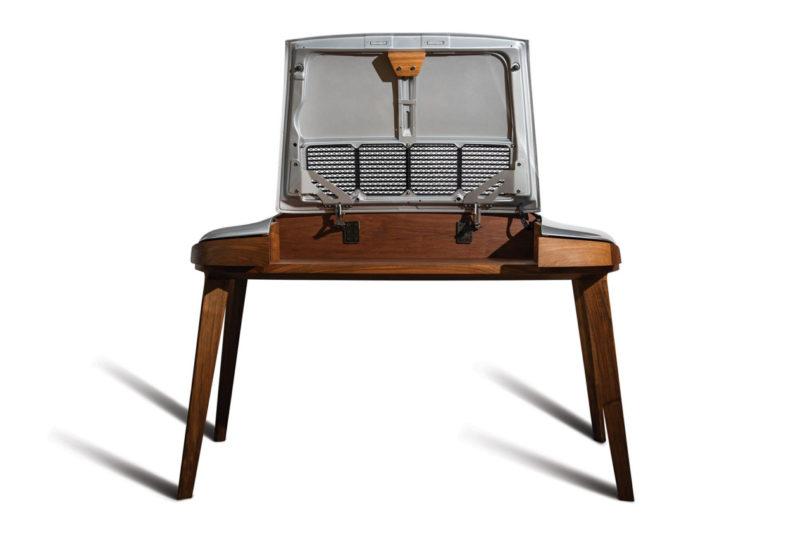 Porsche-Writing-Desk-5-810x540.jpg