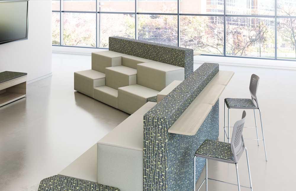 44188410_hpfi_seating_lounge_flex-wall_env14-15.jpg