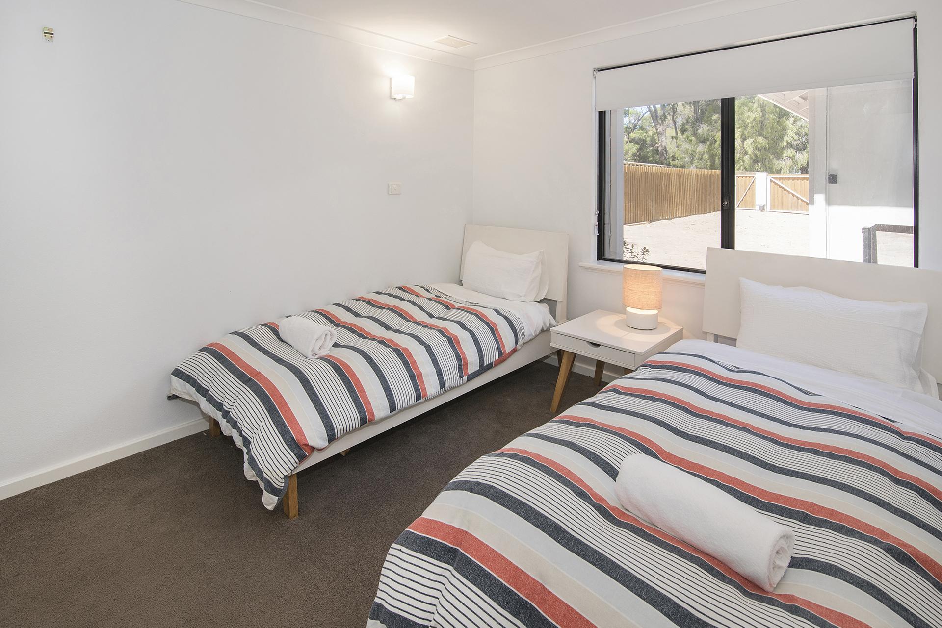 SANDCASTLES BEDROOM 2.jpg