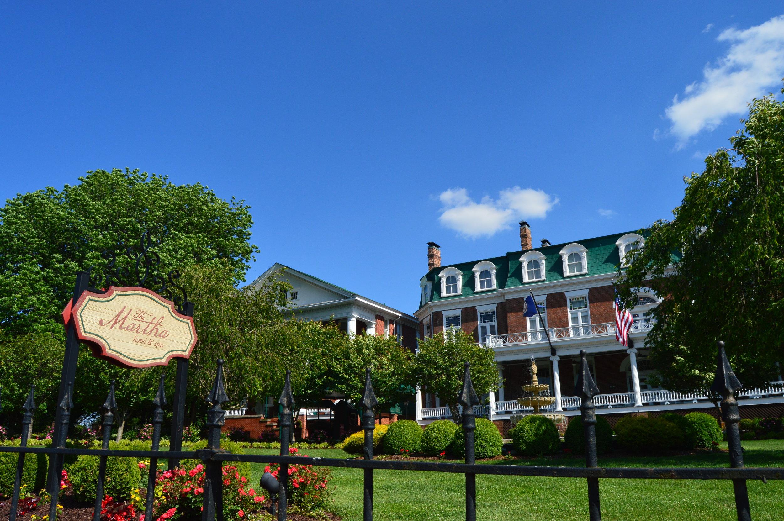 The Martha Washington Inn