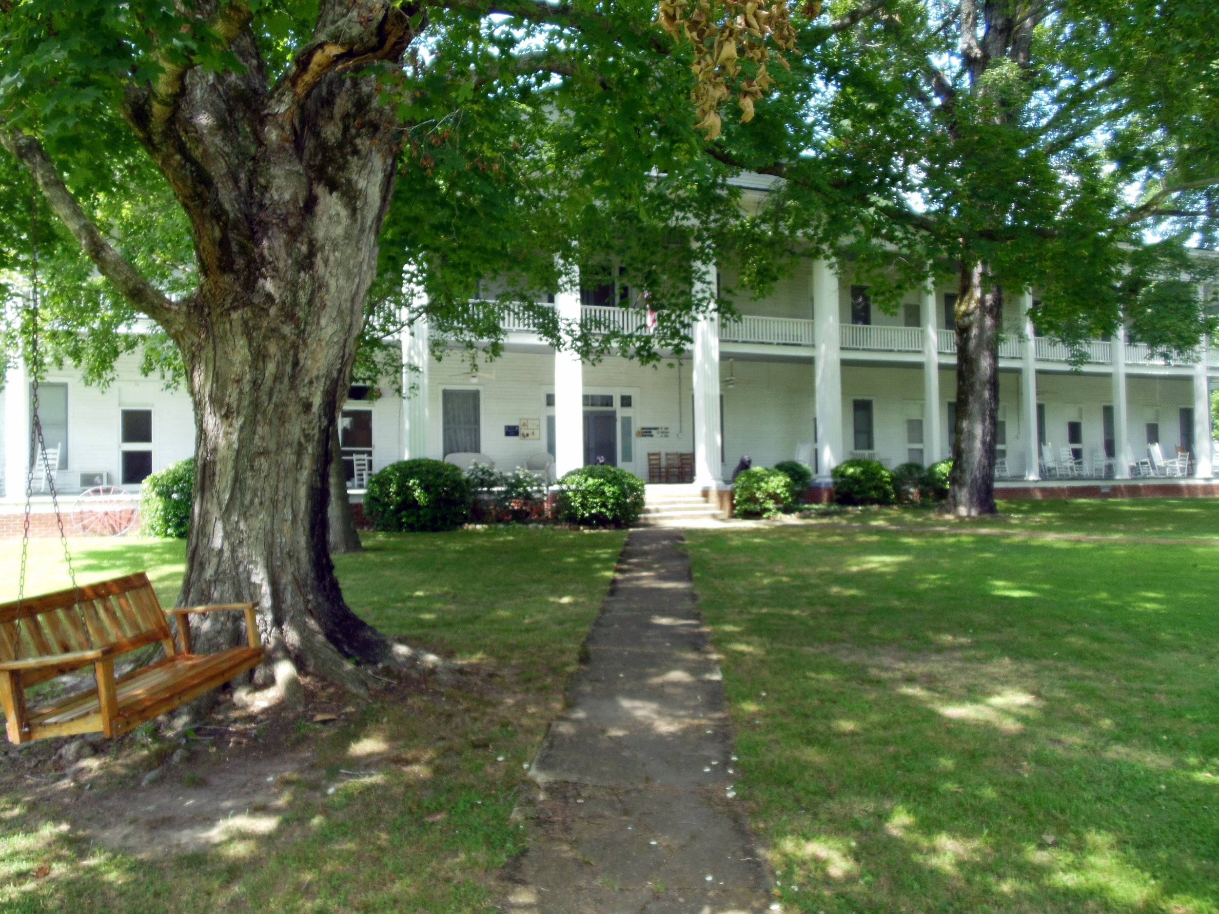 The Donoho hotel in Red Boiling Springs, TN remains a favorite location for weddings and other special events.