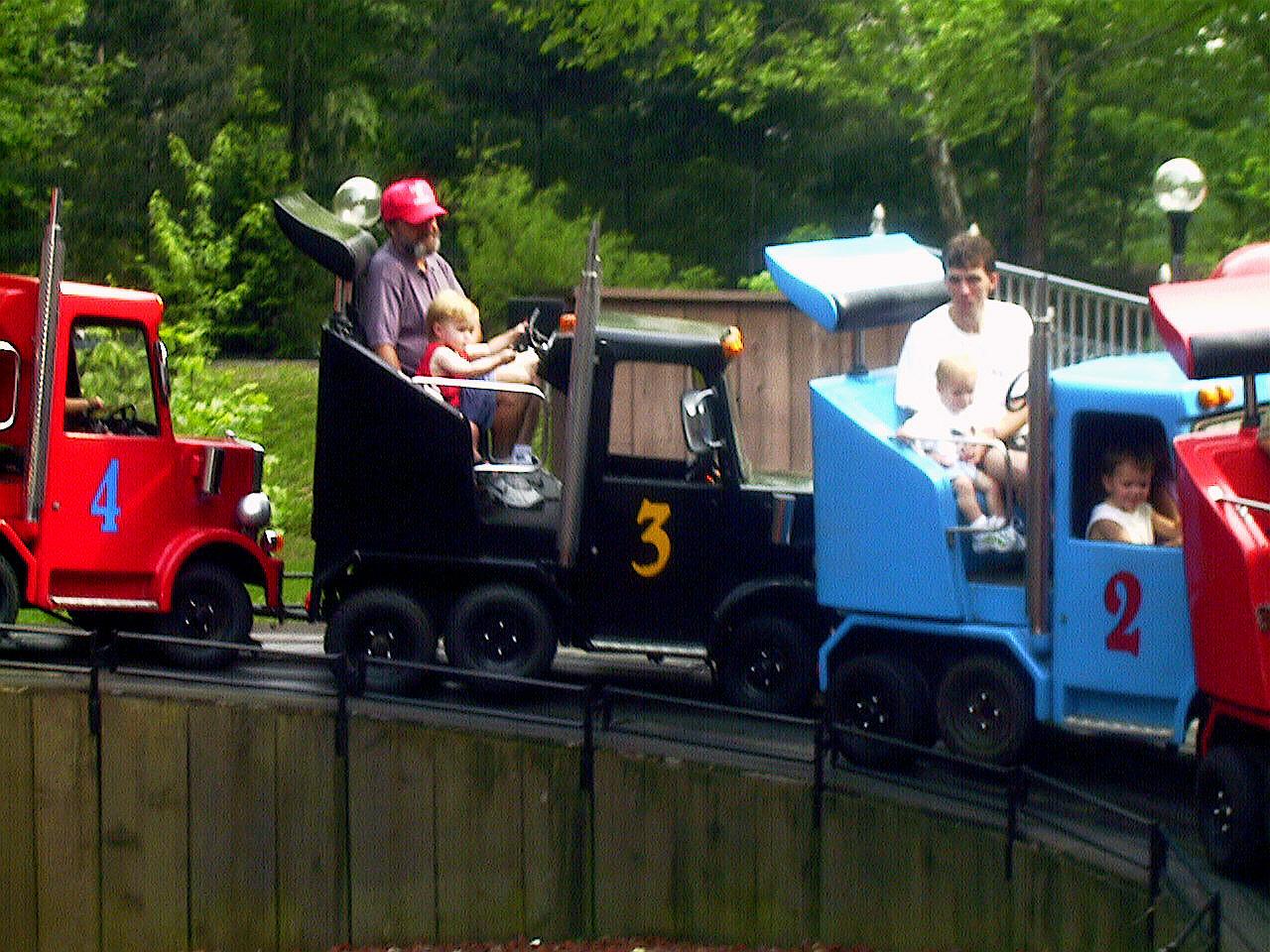 Convoy Ride at Dollywood