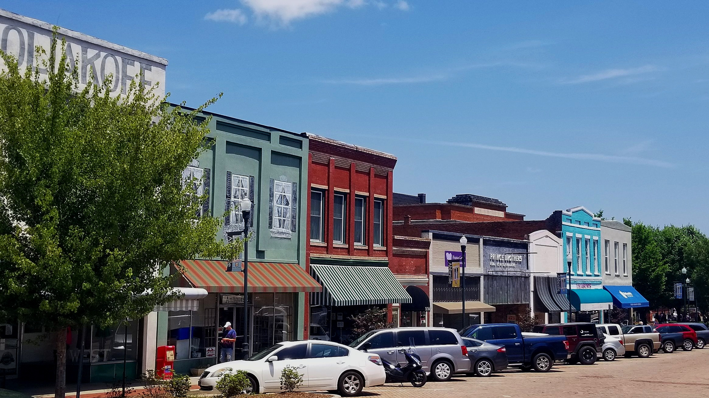"""While Charleston has it's """"Rainbow Row"""", Abbeville definitely has its share of colorful buildings around its town square."""
